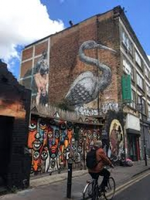 Start the week with Di-Historic and modern Spitalfields and Brick Lane